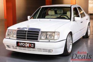 MERCEDES-BENZ E500 LIMITED EDITION