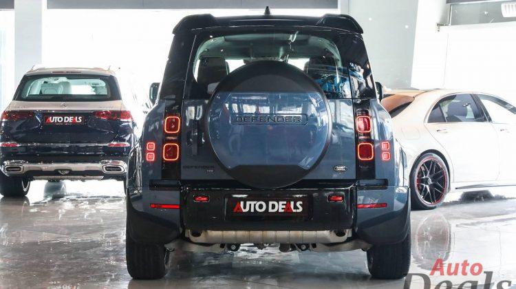 Land Rover Defender 110 P400 SE   2021 GCC Ultra Low Mileage   Under Warranty
