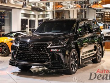 Lexus LX 570 S Black Edition | 2021 – GCC – Ultra Low Mileage | With Warranty