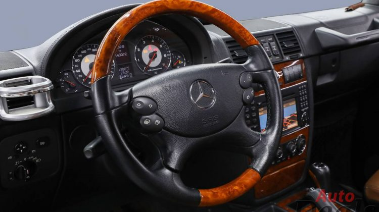 Mercedes Benz G 55 AMG | GCC – Golden Color