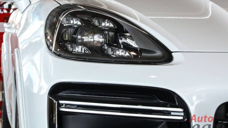 Porsche Cayenne Turbo   2021 – GCC – Ultra Low Mileage   With Warranty