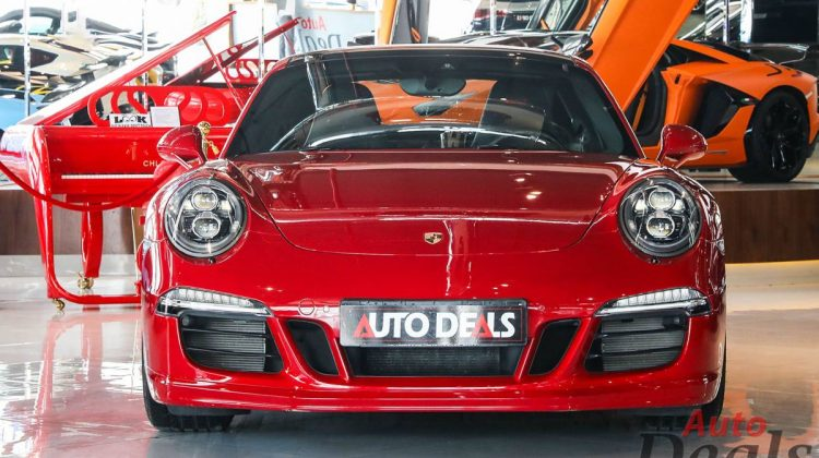 Porsche 911 Carrera 4 GTS   GCC – Low Mileage