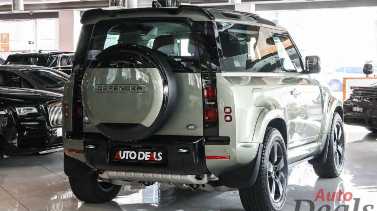 Land Rover Defender 90 HSE P400 With Wide Body kit | 2021 – GCC – Brand new | Warranty & Service Contract Till May 2026