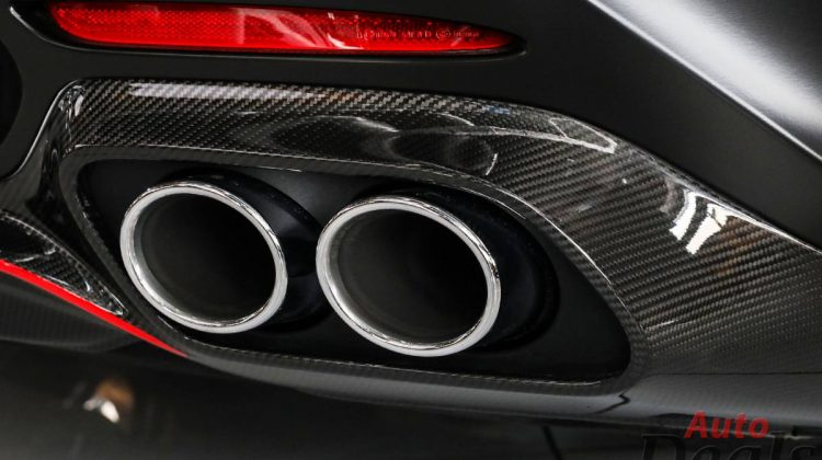 Mercedes Benz AMG GT Roadster   2021 – GCC – With Warranty Till 2024   Top Packages