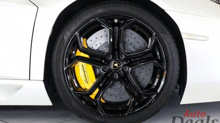 Lamborghini Aventador LP 700 – 4 Coupe   GCC – Ultra Low Mileage