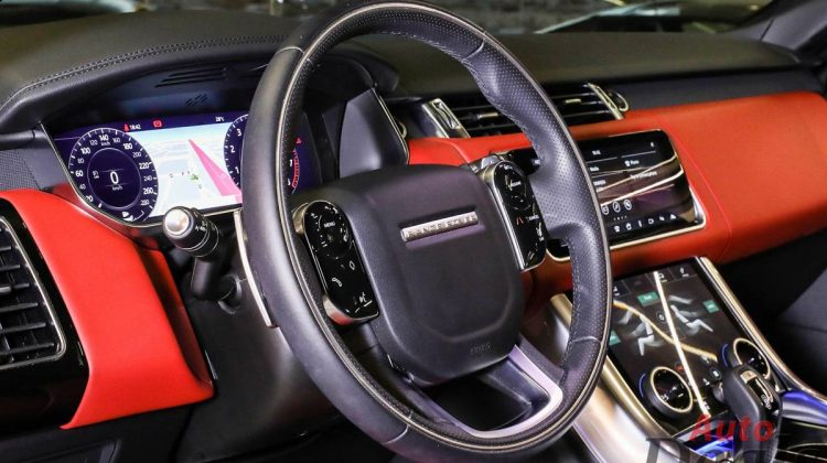 Range Rover Sport HSE P525 | GCC – With Warranty & Service Contract | Fully Loaded