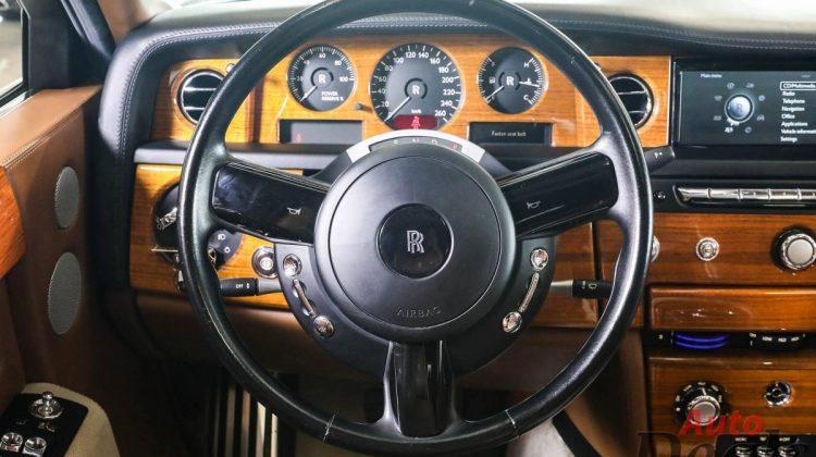 Rolls Royce Phantom   GCC – Full Option   Starlights